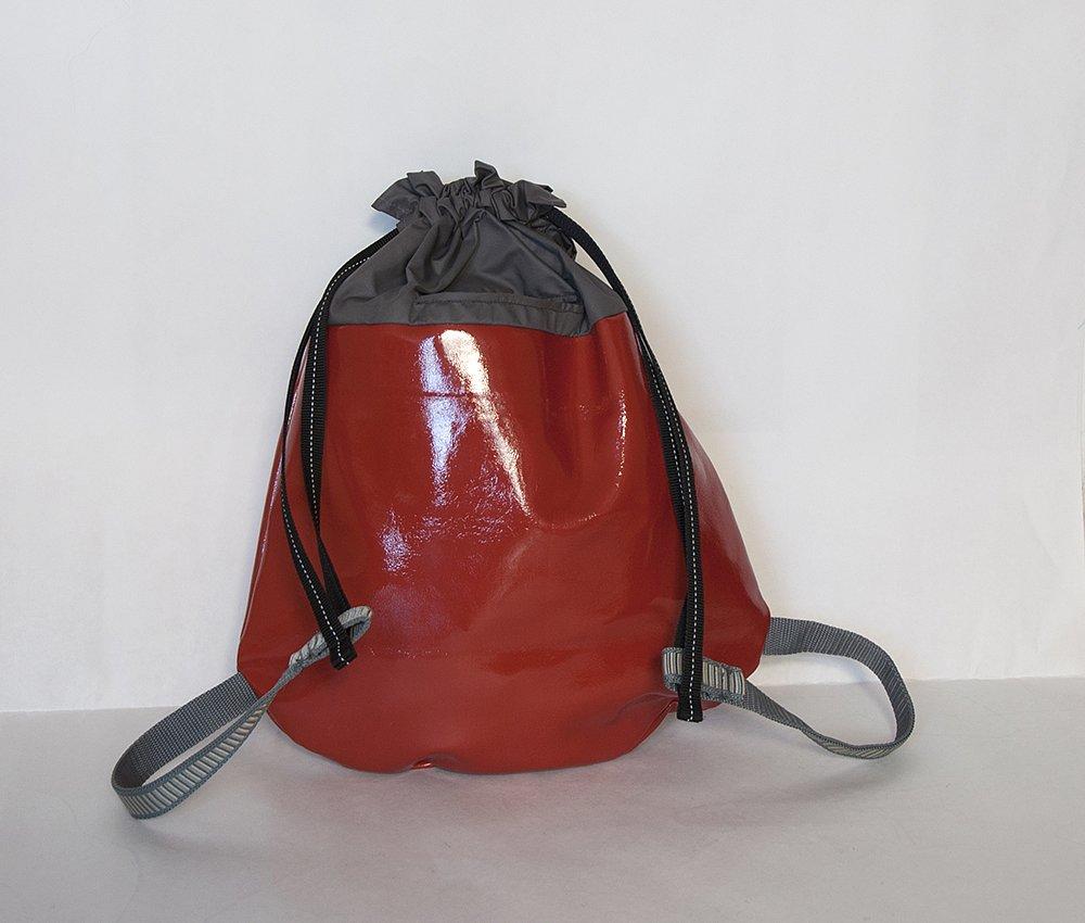 rucksack tomatenrot